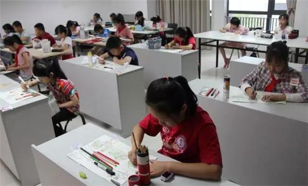 台江区举办移风易俗主题少儿绘画比赛